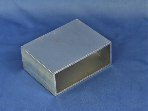 Aluminium-Vierkantrohr 100 × 40 × 3 mm