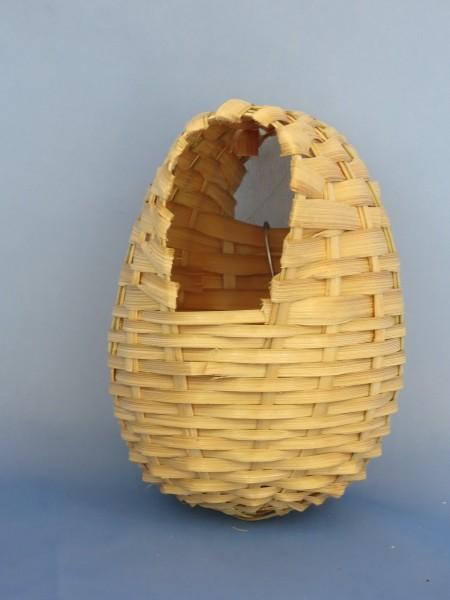 Bambus Nestkörbchen geschlossen