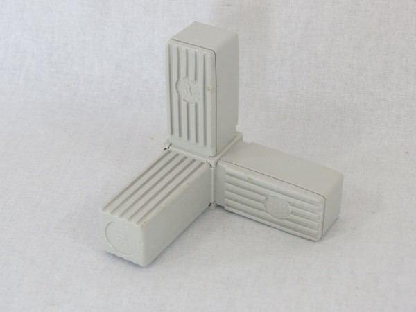 Winkel mit Abgang & Stahlkern 25 x 25 x 1,5 mm